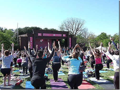 yoga on the mall 014